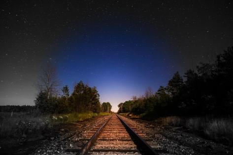 night-2469408_1920